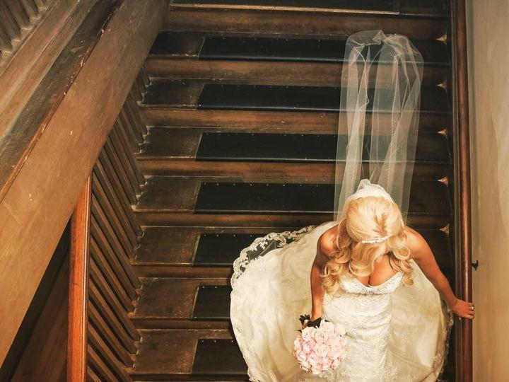 Tmx Carissa Descending Staircase 51 654931 Centralia, Washington wedding venue