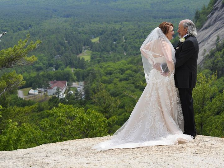 Tmx Wedding Couple Ledge Hotel 51 46931 North Conway, NH wedding venue