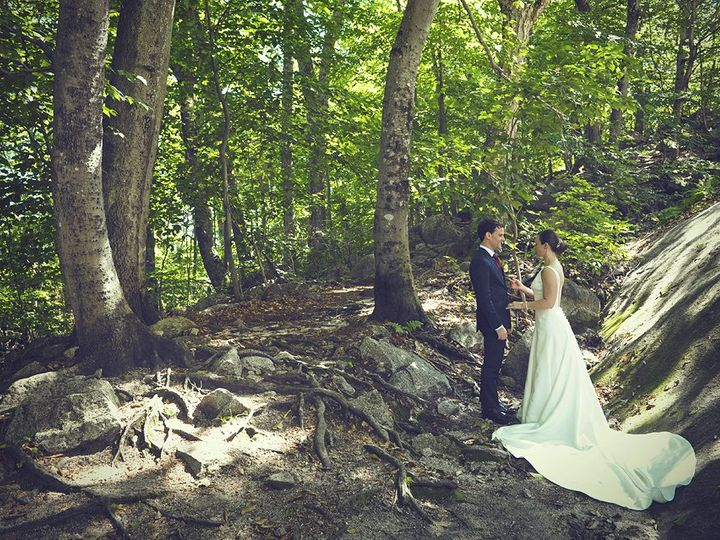 Tmx Woods Couple 51 46931 North Conway, NH wedding venue