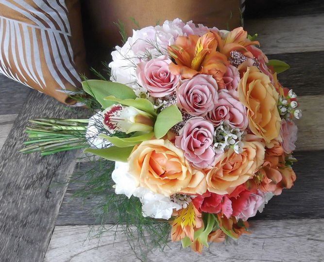 800x800 1368821908759 peachpinkbouquet