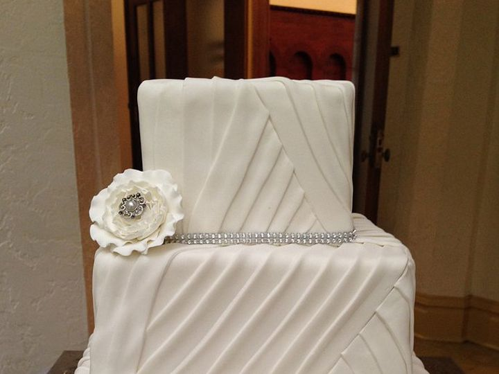 Tmx 1416941999057 Sugarrefined3 Gainesville, Florida wedding cake