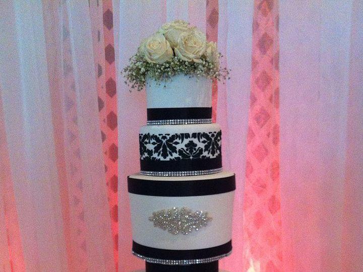 Tmx 1416942008353 Sugarrefined5 Gainesville, Florida wedding cake