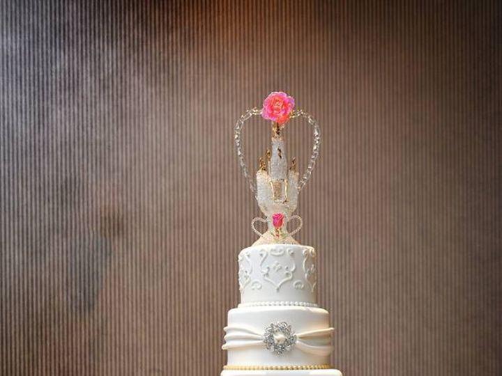 Tmx Silver And Gold Wedding Cake 51 57931 Gainesville, Florida wedding cake