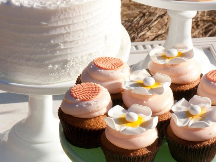 Tmx 1349668899925 25563659WD32Zp Healdsburg, CA wedding cake