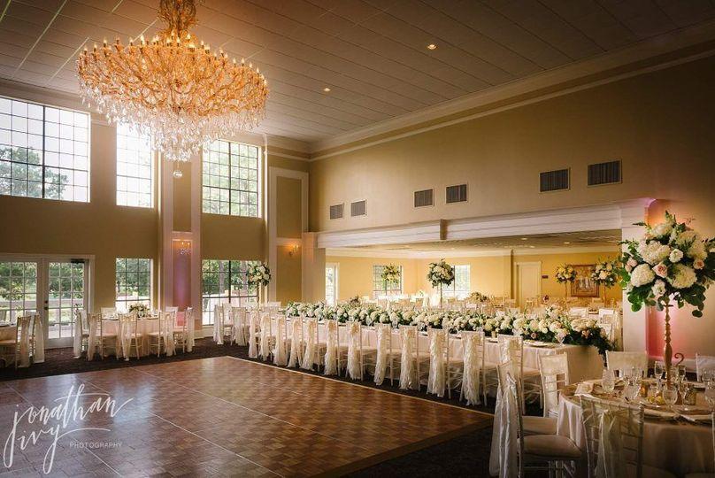 41f806315169698a Raveneaux country club wedding 0192 900x601
