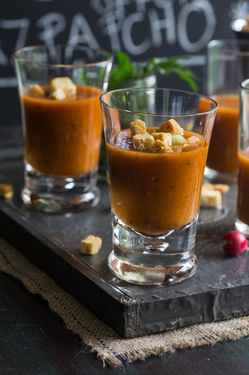800x800 1470677102328 gazpacho real food website soup shot