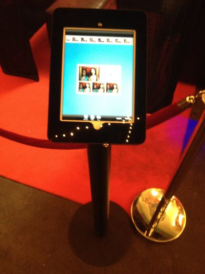 iPad Social Kiosk. Instant access to digital prints from outside the booth to email, Facebook,...