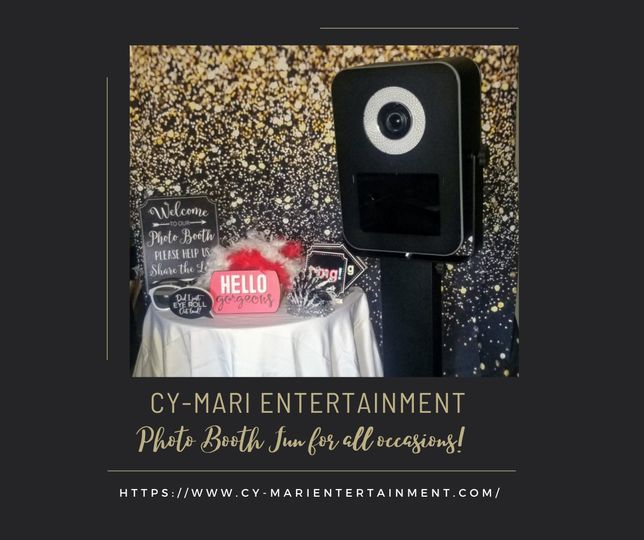 photo booth gold backdrop for media 51 2017041 161696448834564