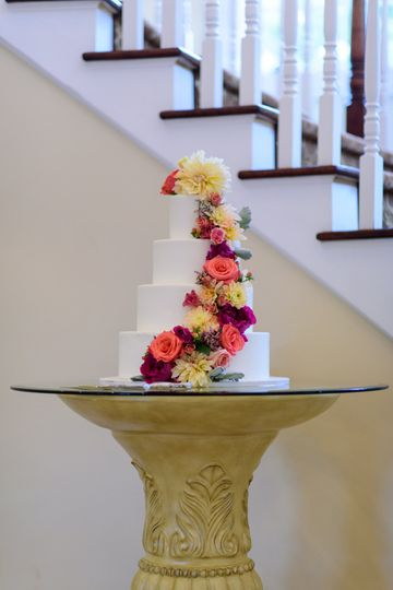 Wedding cake at Rock Island