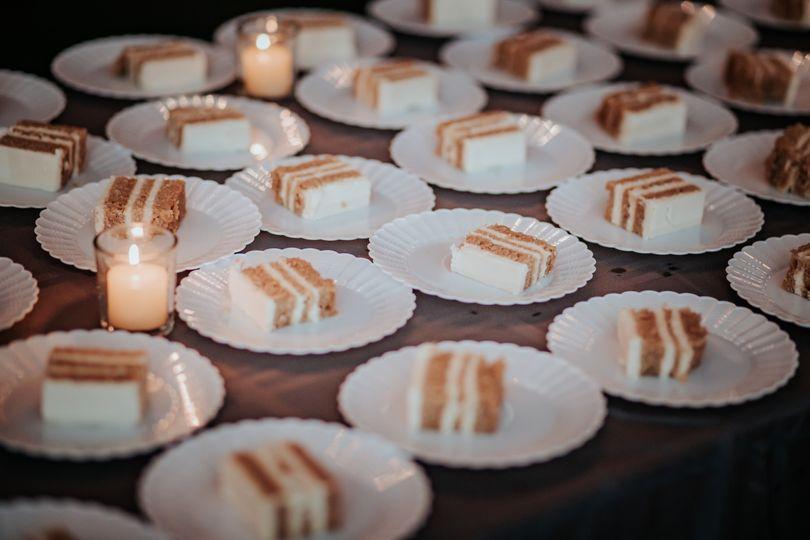 We bake cakes!