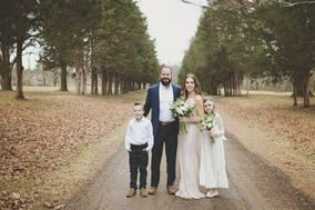 Tennessee Tiny Weddings with Julie and James Tucker