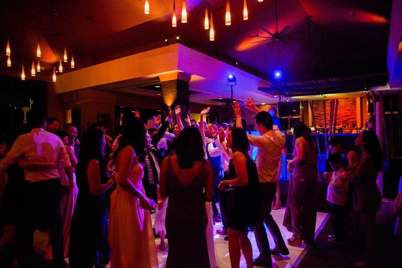 Full Dancefloor at Gannons Mau