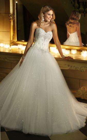 Classic wedding dress