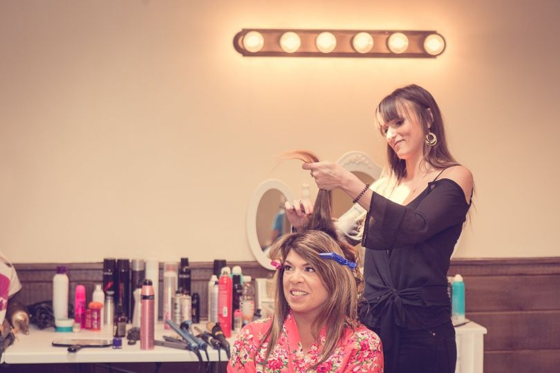 Maria styling the Brides Mom