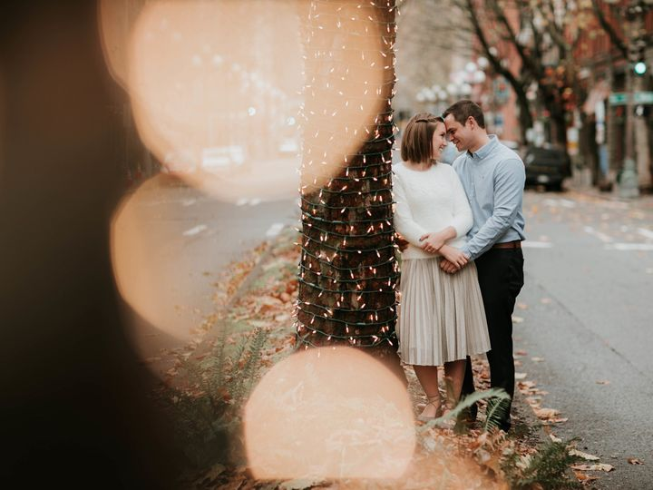 Tmx 1515460412 4291b54c3e417bbe 1515460409 45129326163a67b2 1515460407635 4 Pioneer Square Eng Seattle, WA wedding photography