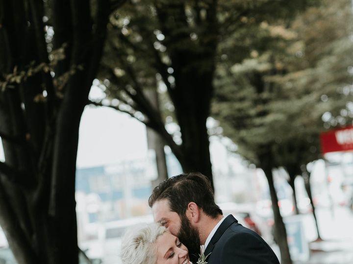 Tmx 1515461914 2081cb8ef958dbb2 1515461912 9432b2bc42d737c1 1515461910673 23 The Big Fake Wedd Seattle, WA wedding photography