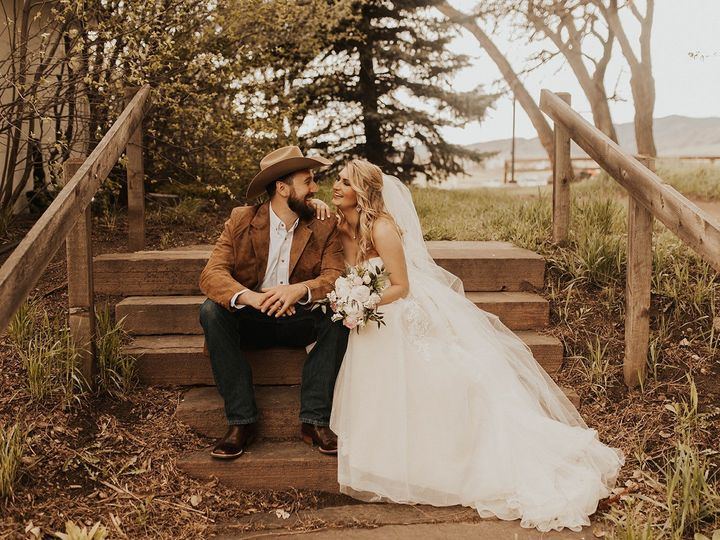 Tmx 2k7a4169 Websize 51 1055141 1560885121 Highlands Ranch , CO wedding florist