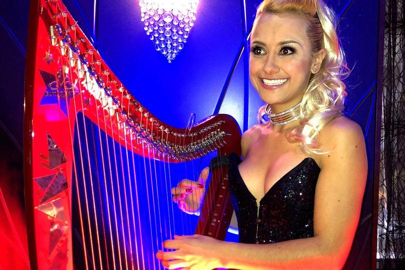 Kiki Bello - Electro Harpist