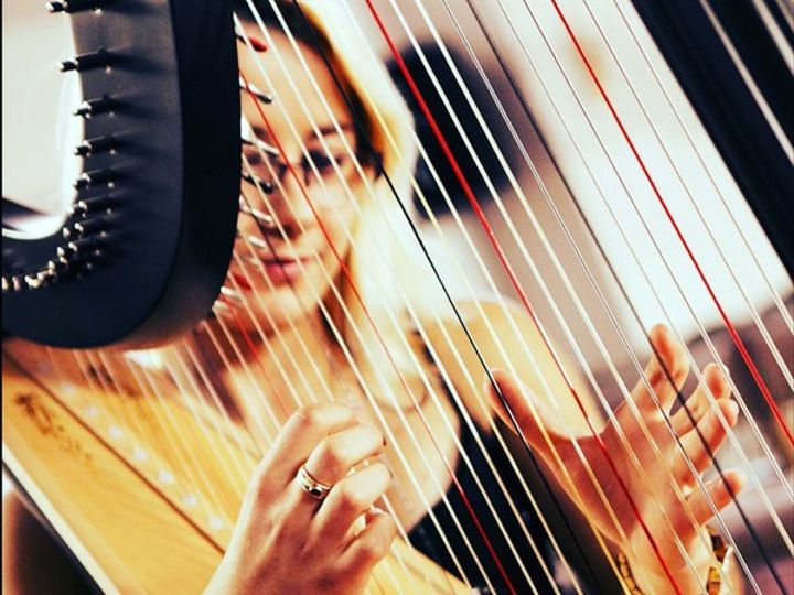 Tmx Kiki Bello Electro Harpist 004 51 1885141 1569003782 Ontario, CA wedding ceremonymusic