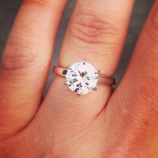 buying an engagement ring in minneapolis