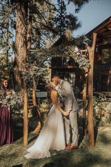 Black Bear Lodge - sharing a kiss