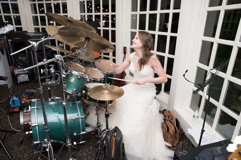 Bride on guitar