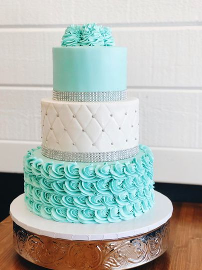 "Three Tier Cake - 6"", 8"", 10"""