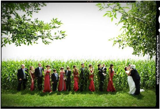 800x800 1234636533363 01 bridalparty red green