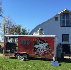 Smokin Bonez food truck