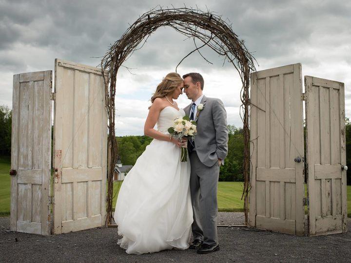 Tmx 1512689113422 2074596016283993038504536255524014871362166o Vernon, NY wedding florist