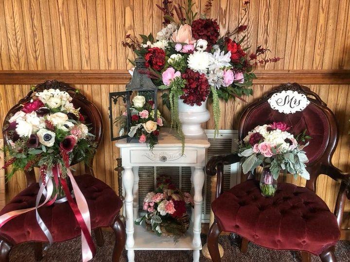 Tmx 1535067563 5cde4cff1ad40204 1535067562 9034f0bd902b9d79 1535067562751 3 39254916 206106016 Vernon, NY wedding florist