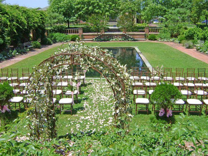 Tmx Ceremony Fountain Garden Large 51 11341 161297473258298 Williamsburg, VA wedding venue