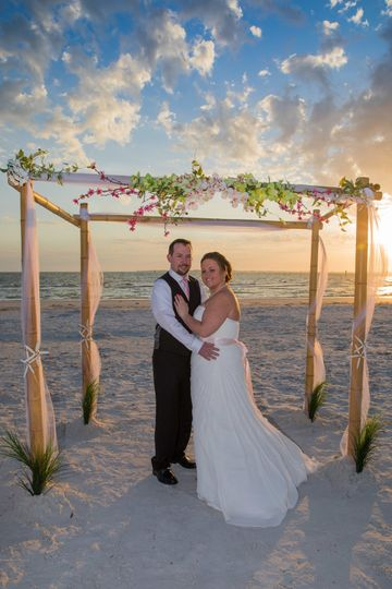 Maria and Dustin's beautiful beach wedding