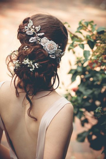 aphrodite rose bridal hair vine 12