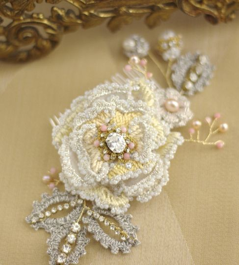 driade yellow coral rose bridal hair comb8