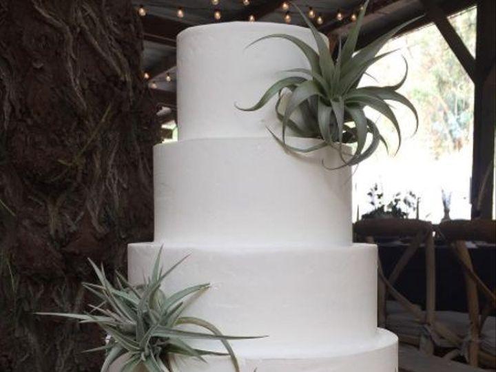 Tmx 1517887187 5030d3cec5a17bb0 1517887186 596678ea17c9a64c 1517887178428 5 2017 11 05 1009 Santa Barbara wedding cake