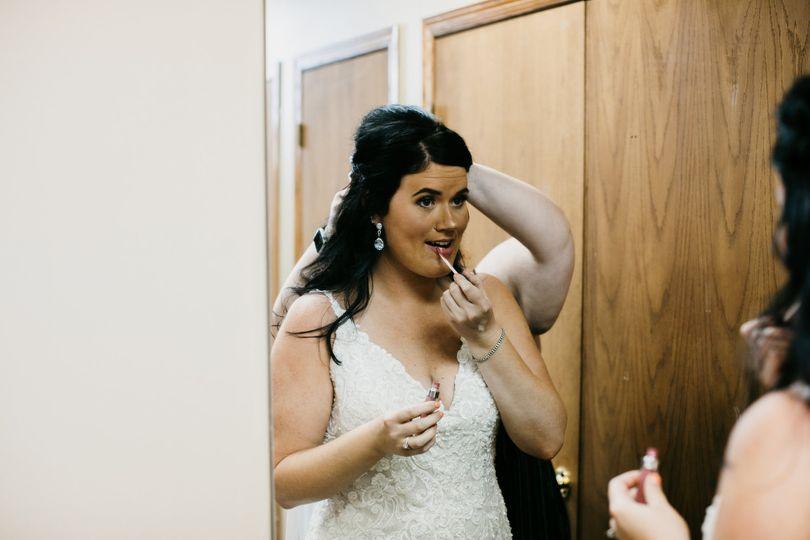 Getting ready - Alyssa Pearl Photography