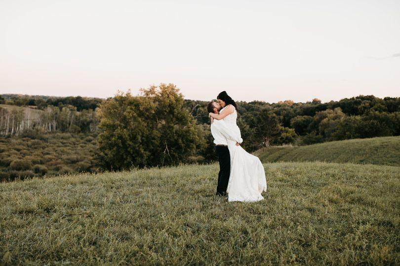 Newlyweds kissing - Alyssa Pearl Photography