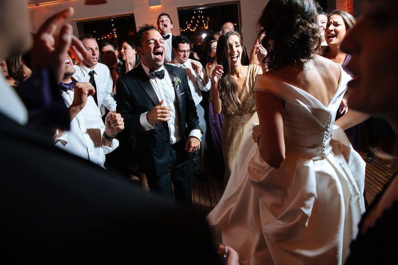 4f1a80cbb4f6b095 1519953212 9465a674f7fad8b7 1519953212202 2 Wedding AlexisMike