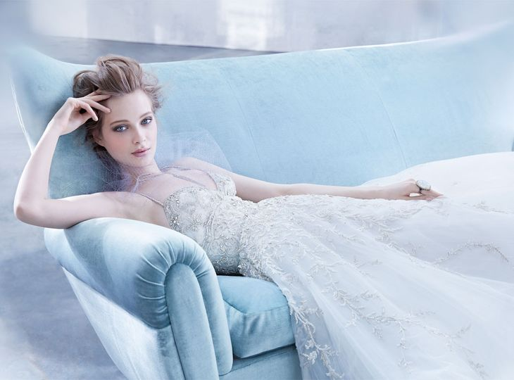 La Bella Moda - Dress & Attire - Conshohocken, PA - WeddingWire