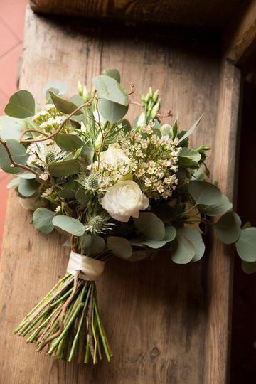 A rustic winter bouquet