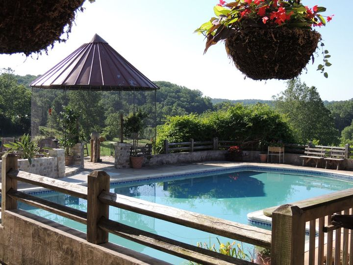 Spring Hill Manor pool area