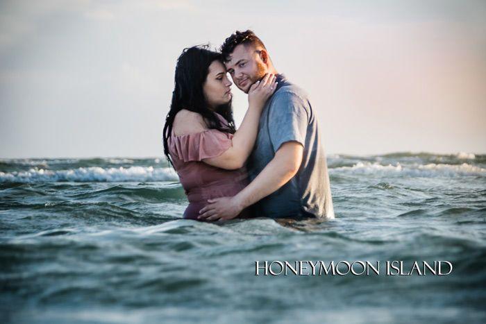 Tmx 1533092593 550da3f28050484b 1533092591 Abb4fbbc8c92859a 1533092566549 68 KS2 2447 Tampa, FL wedding photography
