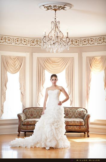 magazine style bridal photos chicago bride