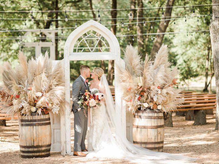 Tmx 2o8a1072 51 1022441 161540737961600 Terrell, TX wedding venue