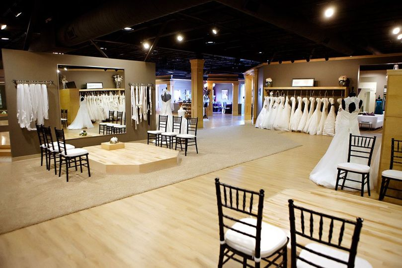 bridal wedding dress attire illinois springfield champaign