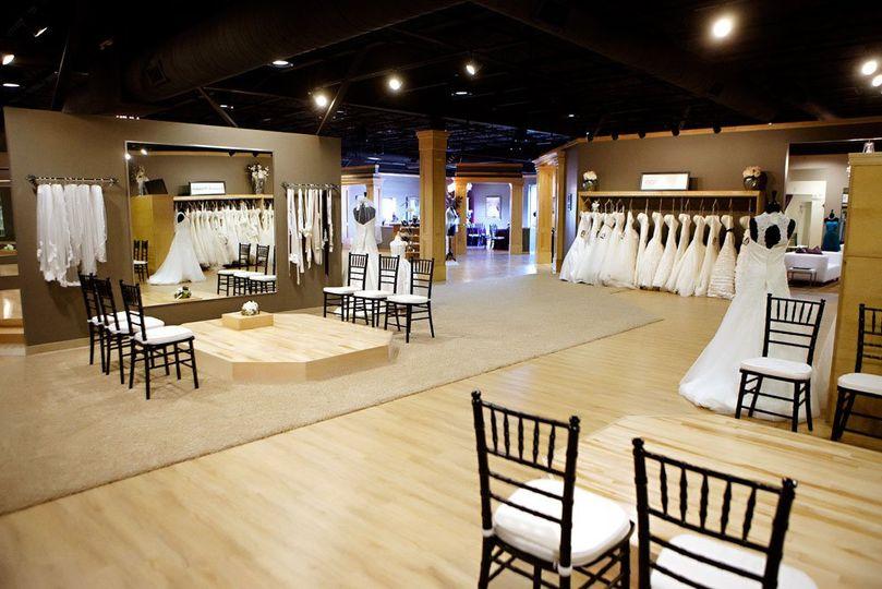 bridal wedding dress attire illinois springfield champaign