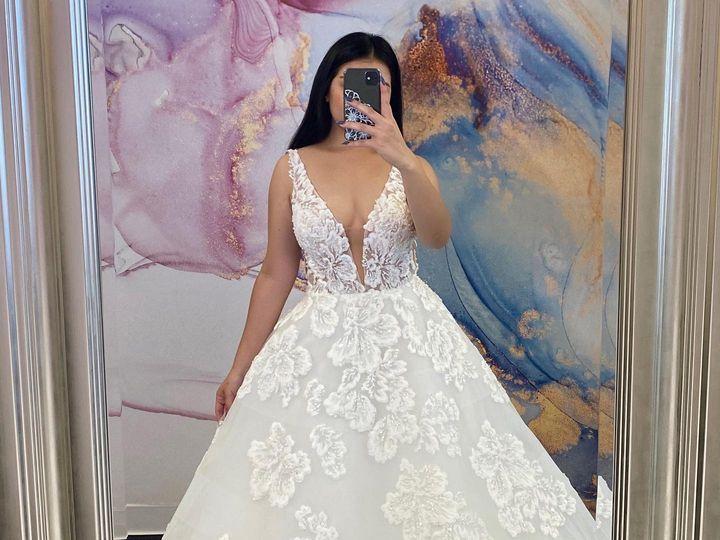Tmx 108178052 3298379076851755 402283736772206515 O 51 62441 159580052437796 Riverside, CA wedding dress
