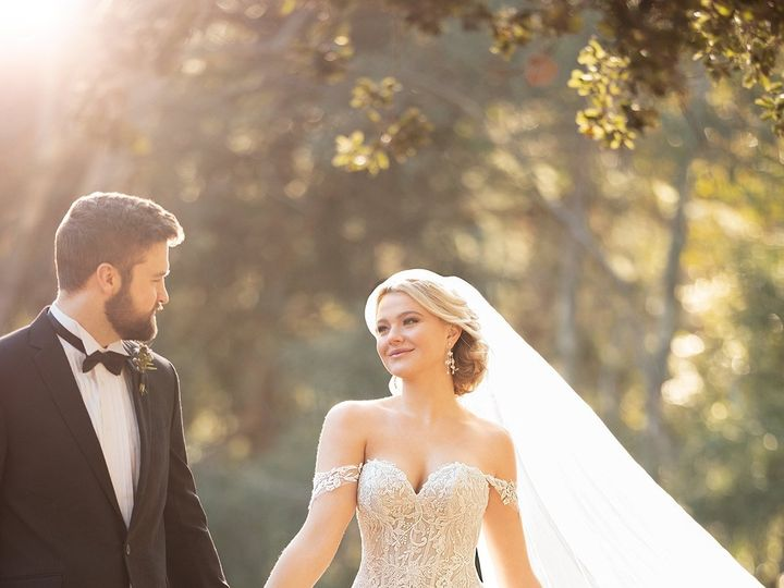 Tmx 2953 1 51 62441 1561843790 Riverside, CA wedding dress