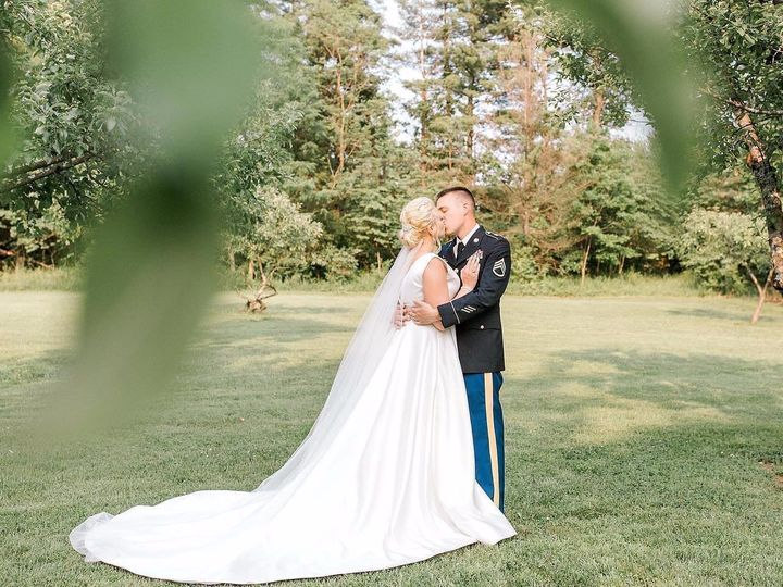 Tmx 67508535 10218030355523615 2287930495918407680 O 51 1872441 1568656245 Duncannon, PA wedding photography